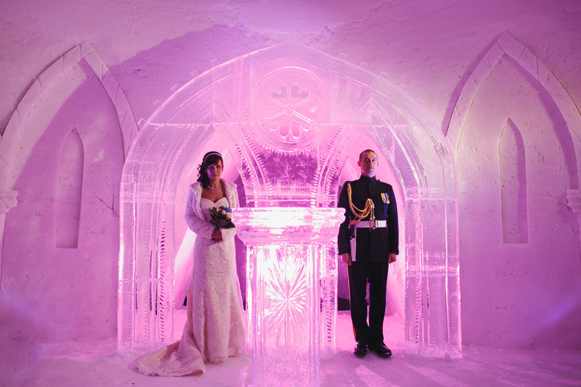 Lapland wedding photographer Kittila Snow Village 071