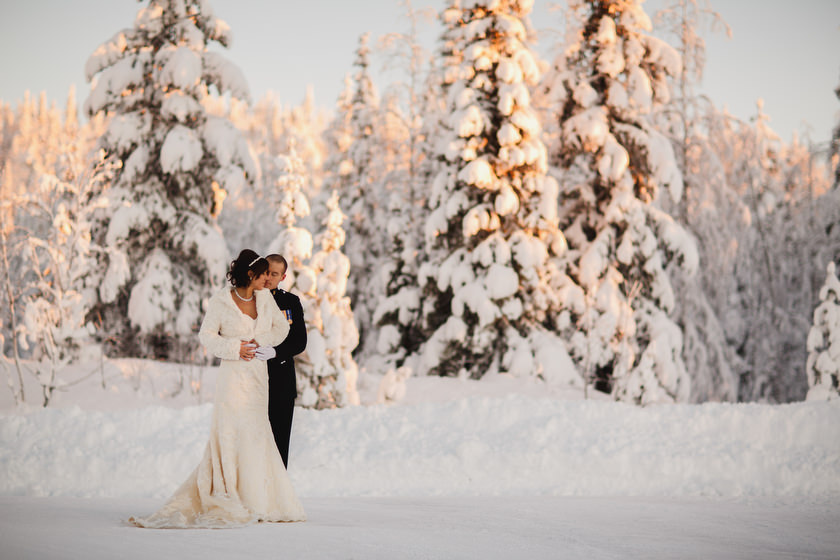 Lapland wedding photographer Kittila Snow Village 101