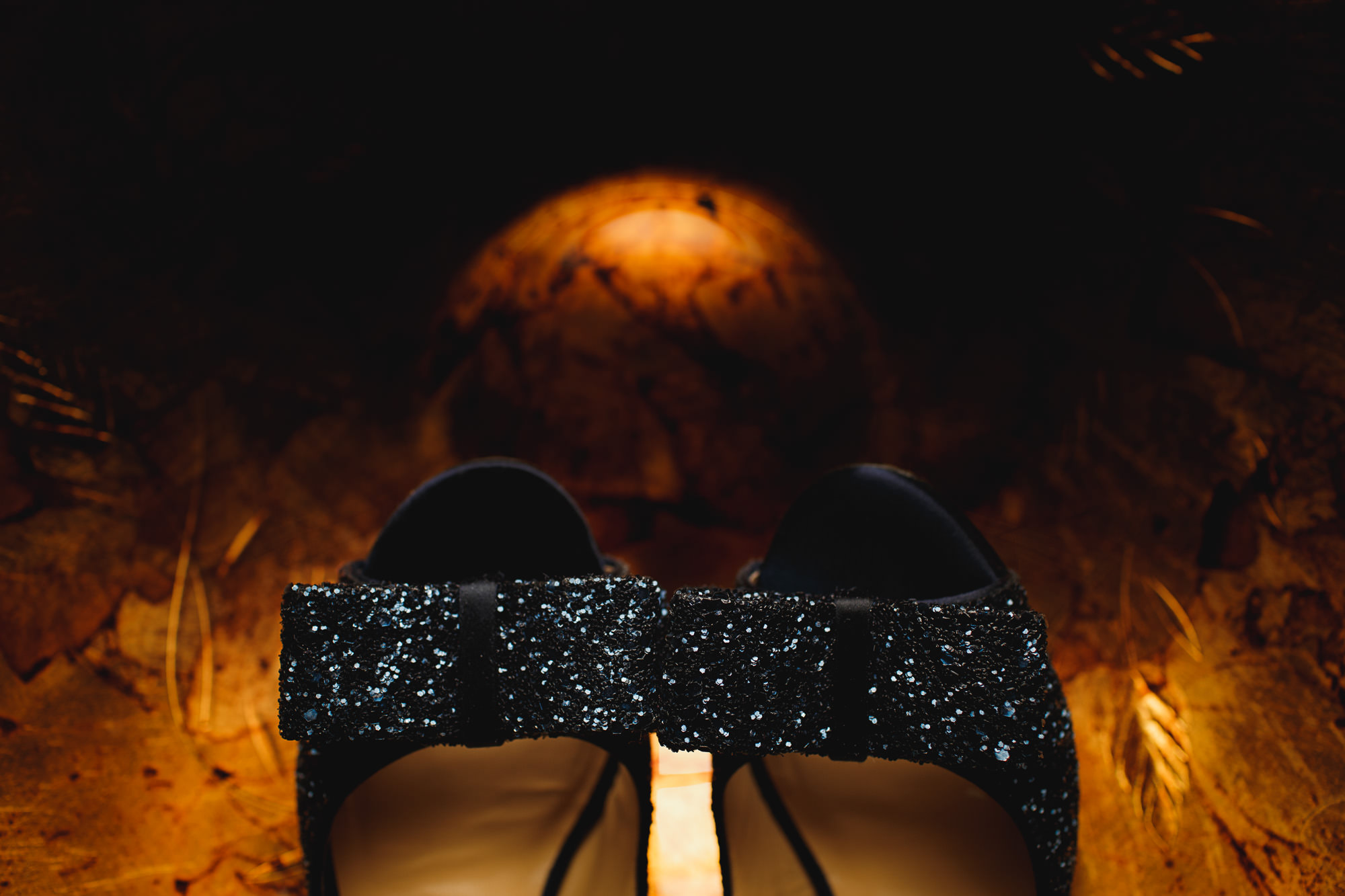 sarah-shoes-wedding-photography-details-06