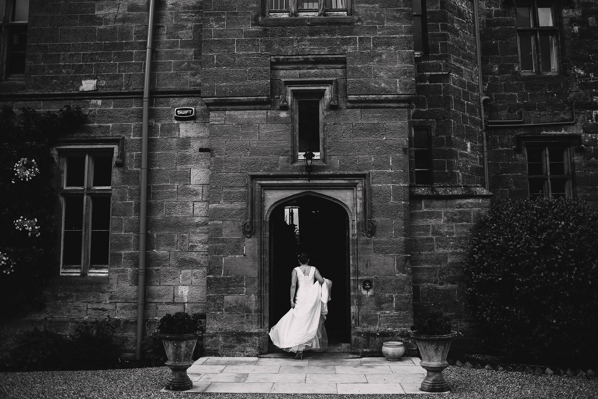 Wahurst castle wedding photography 10