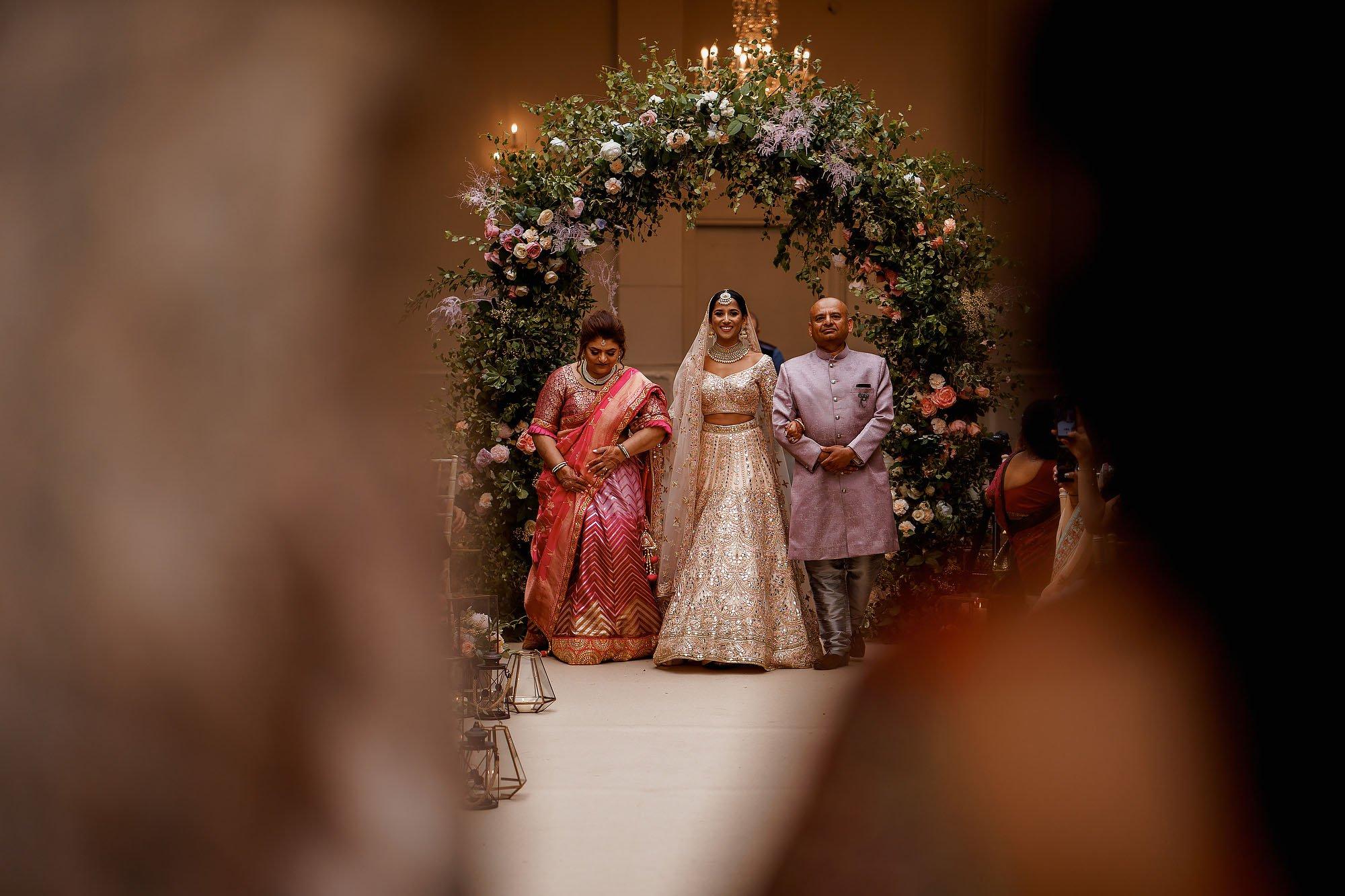 Beautiful offley place wedding photography
