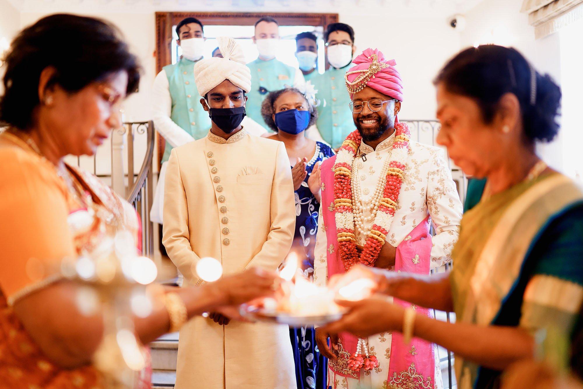 Parklands quendon hall sri lankan hindu wedding photography by arj photography